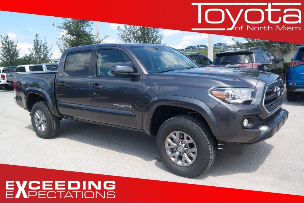 new 2017 toyota tacoma sr5 double cab in miami t042566 toyota of north miami. Black Bedroom Furniture Sets. Home Design Ideas